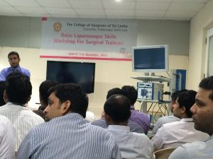 Interactive group teaching session during the laparoscopic course